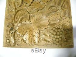 Wonderful Vintage Antique Solid Wood Carved Panel (A20)